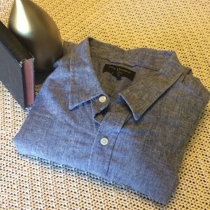 Banana Republic Short Sleeve Shirt